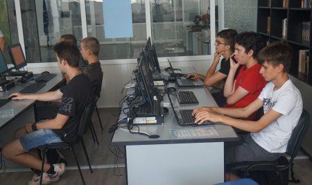 Безплатно лятно училище по информатика отваря врати