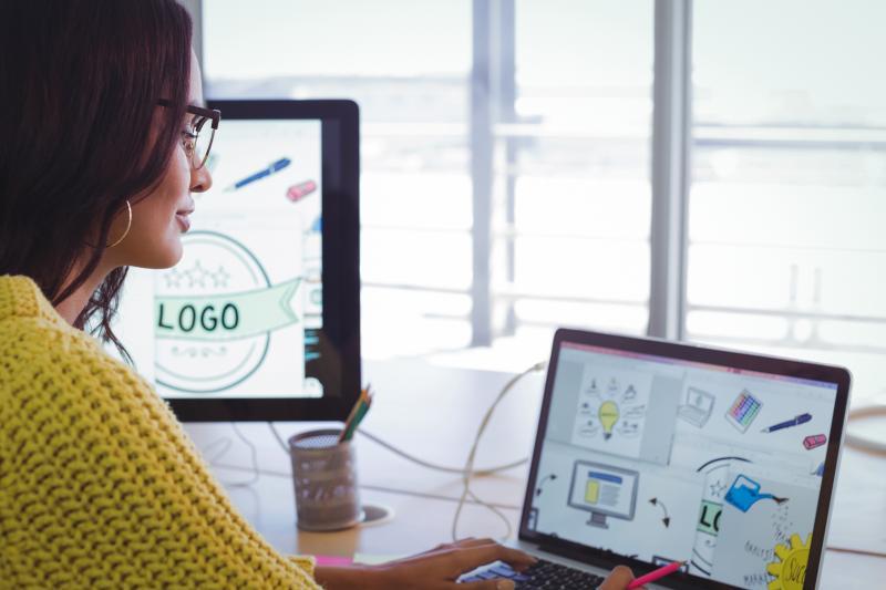 графичен дизайн в Колеж по иновативни технологии
